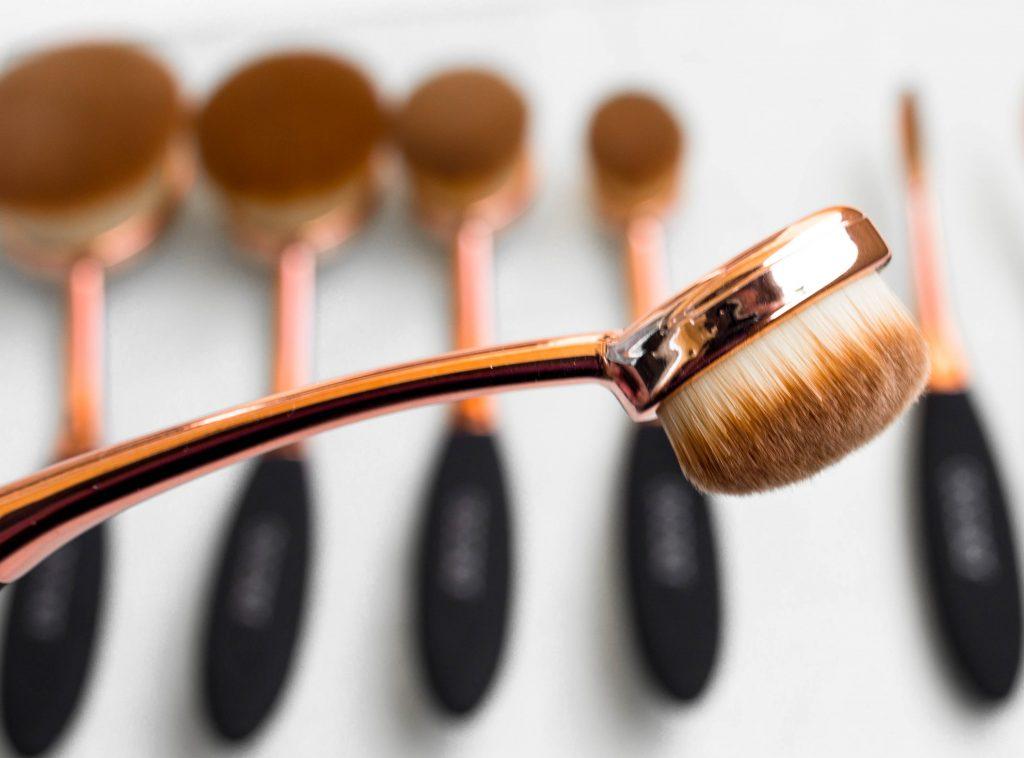 Docolor #7 Oval Brush